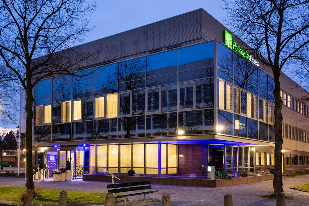 Holiday Inn Express Amsterdam – South