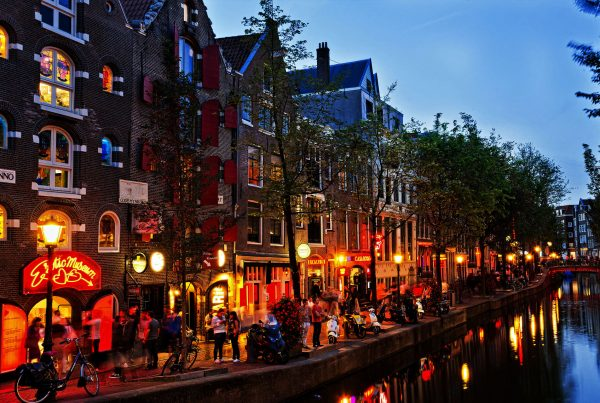 amsterdam flight deals