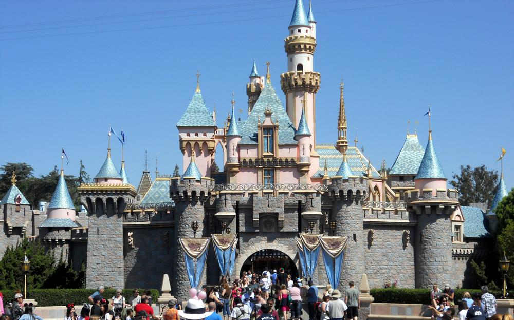 Disneyland - Things to Do on Your Weekend Vacation In Los Angeles