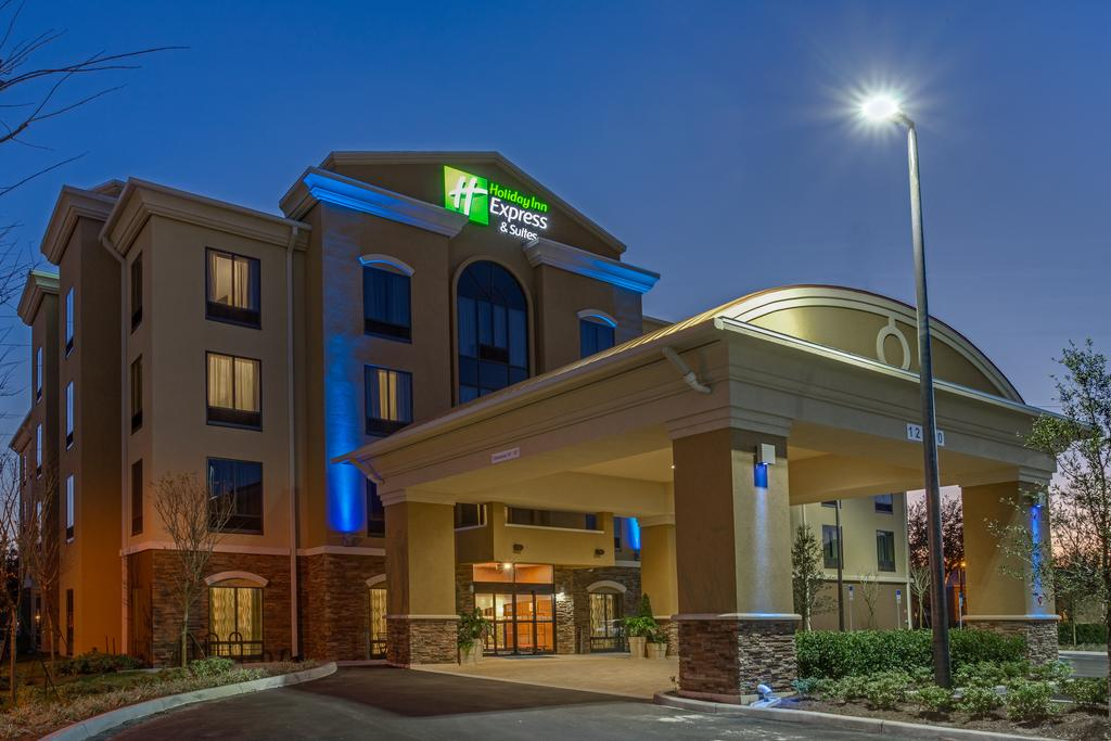 Holiday Inn Orlando East-UCF Area