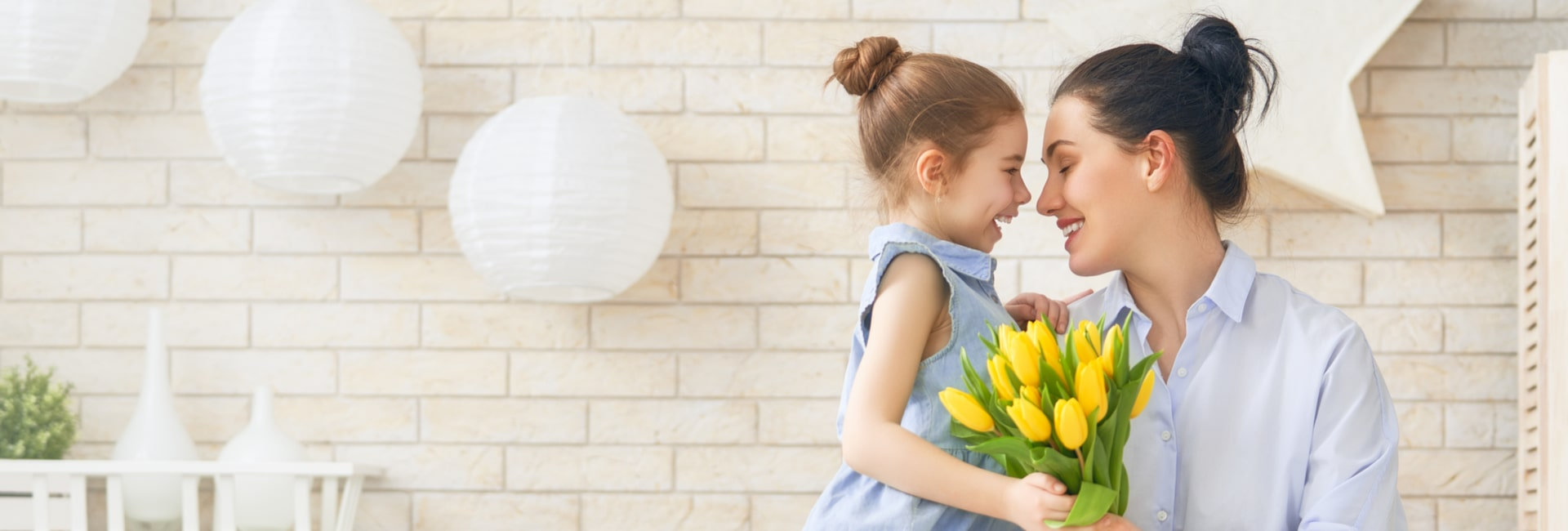 Cheap Flights for Mothers Day, Mothers Day Airfare Deals